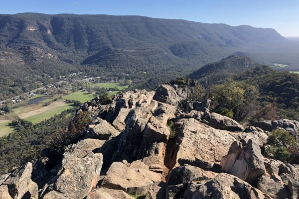Grampians-walking-tours-wellness-walks-womens-walking-group-lookout